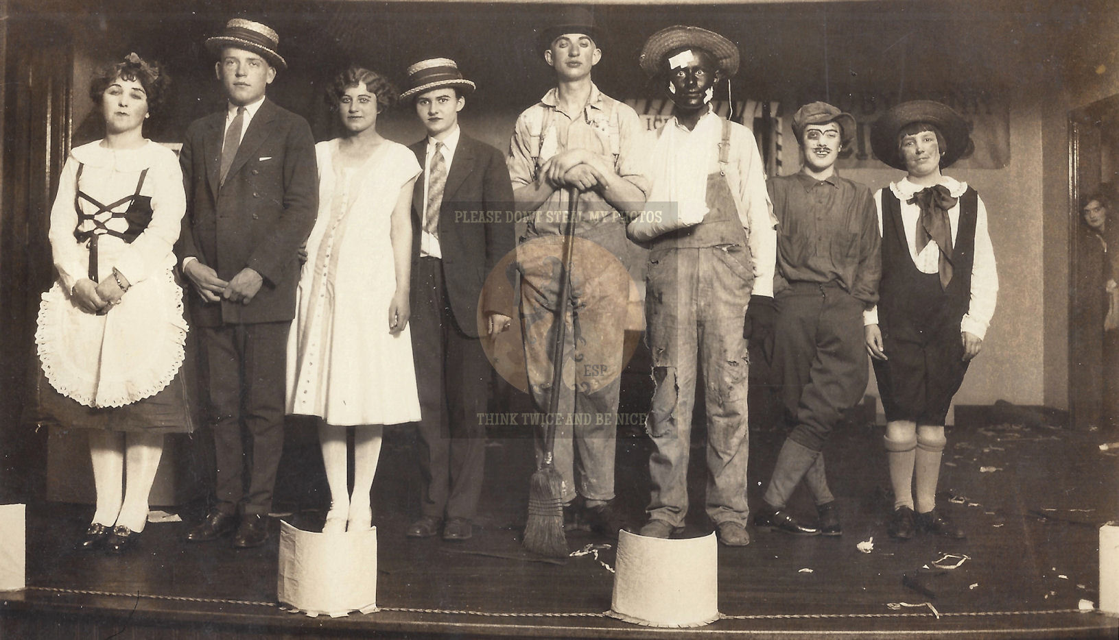 1920's                                                           Orig.                                                           Photograph                                                           Costumes Black                                                           face Flapper                                                           Tom Sawyer                                                           Rifle etc. ~                                                           Theater or                                                           Play