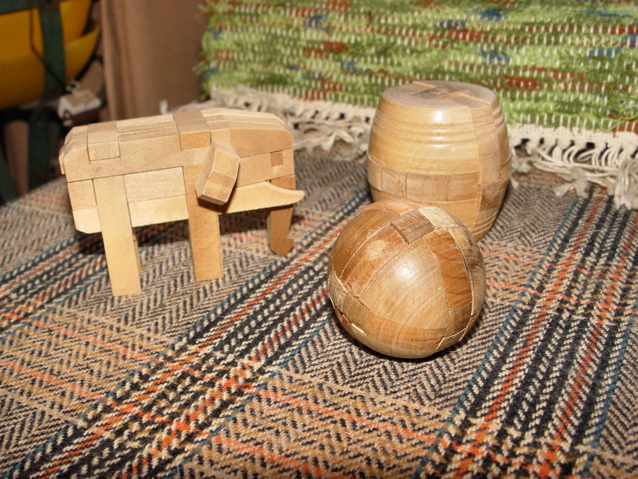Vintage 3D                                         handmade vintage wooden toys                                         traditional bamboo adults puzzle                                         brain teaser children (Lot of                                         3)