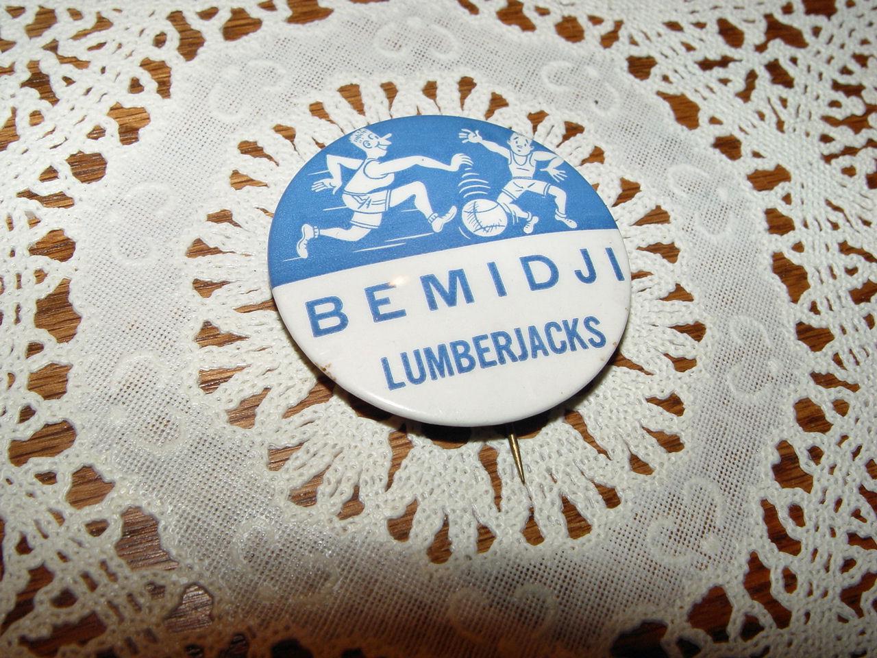 Vintage Bemidji MN                                         Lumberjacks Basketball Pinback                                         Button ~ 1940's